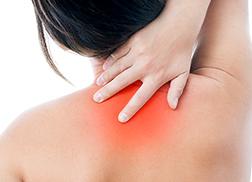 交通事故むち打ち首の痛み頚椎捻挫頭痛めまい吐き気